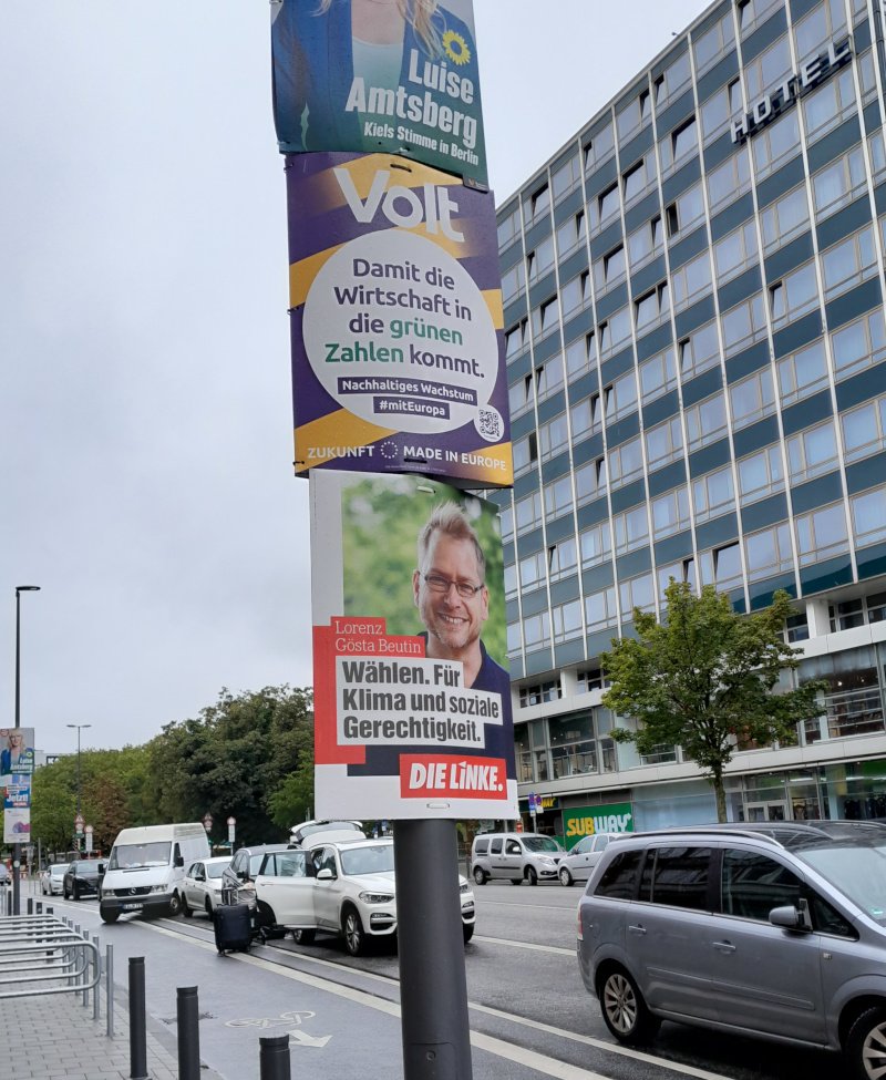 Diverse Wahlplakate
